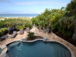 Gulfside Manor 1- Beautiful Gulf Front 3 Bedroom Condo on Indian Rocks Beach!