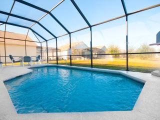 Stunning 4 Bed 3 Bath Villa with own pool. Very close to Disney.
