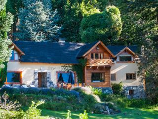 Luxury Private Villa Lake Front Bariloche, San Carlos de Bariloche