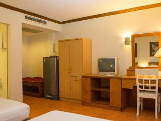 Twin Room in Karon near Beach!