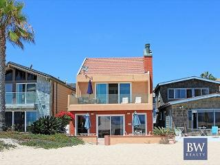 Spacious Oceanfront Single Family Home! 2 Patios & Fantastic Views! (68188)