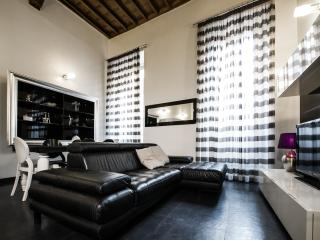 Luxury 3bdrs apartment in Pantheon zone up to 7, Roma