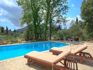 Villa Haris: Perfect Holiday Villa. Luxury And Private Swimming Pool