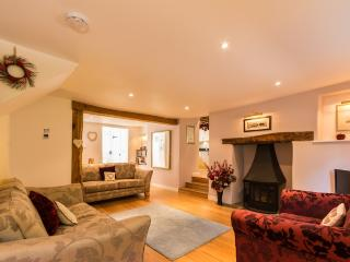 Mythra Cottage located in Kingsbridge, Devon