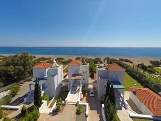 Antonoglou Beach Villas, Gennadi - VILLA LINDOS