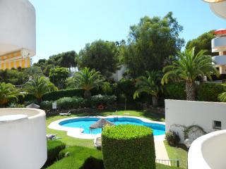 Great Value 2-Bed Apt, New-Full Aircon, Large Sunny Balcony, Lush Garden & Pool