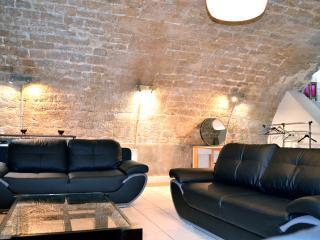 3 Queen sofa beds in living room
