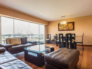 LUXURE 4 BEDROOM APT AT MALECON ARMENDARIS, Lima