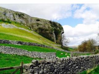 The amazing views of famous Kilnsey Crag right next door to the barn
