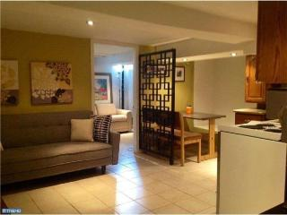 BEST VALUE FOR THE BUCK NO FRILLS APARTMENT, Filadelfia