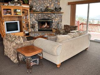 Starlight Lodge: Gorgeous Views! Gourmet Kitchen!, Big Bear Lake