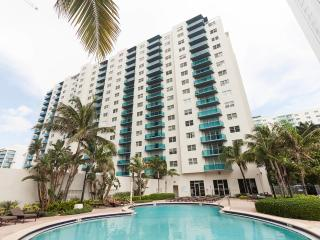Sian ocean front two bedroom condo, Hallandale