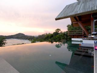 Cliff Face-Ocean breezes-4 Bedroom Luxury Villa DT, Phuket