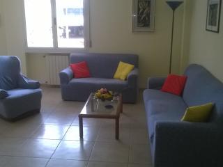 Appartamento a 250 metri dal mare, Marina Di Massa