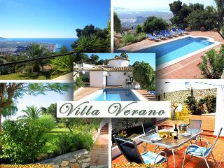 Luxury Villa Verano *** Heated Pool 30ºC = 86ºF *** Splendid Sea View, Salobrena