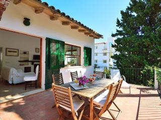 Pinewalk apartment  20 meters to the beach
