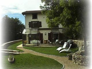 Grand gite calme, idéal famille, 5 chambres, 10 personnes,  avec repas en option