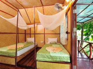 Twin Bungalow with a Fan!, Ao Nang