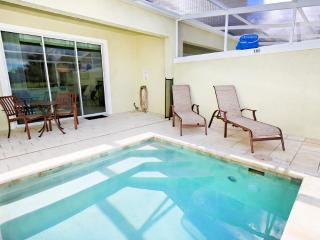 3 Bed 3 Bath Pool Home + Clubhouse (1523-RETREAT)