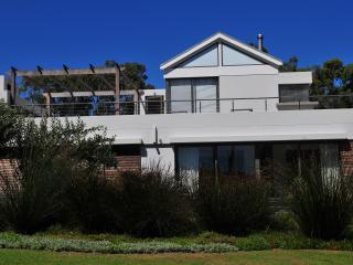 Hermanus Luxury Family home on Golf Estate