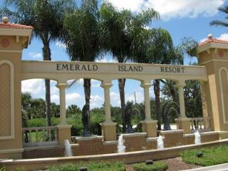 Emerald Island Resort 3 Bedroom 2.5 Bath, Orlando