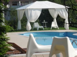 "Lux apartment ""Marilyn Monroe""/wifi/parking/pool"