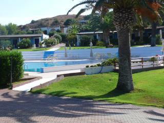 Bilocale stile eoliano in residence con piscina, Isola Vulcano