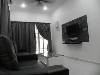 Stay99 Corner House (3 bedrooms), Melaka