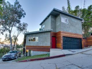 Designer home in upscale neighborhood with amazing views, Los Angeles