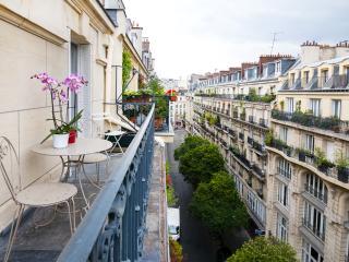 Delightful 2 Bedroom Apartment in Louvre, Paris