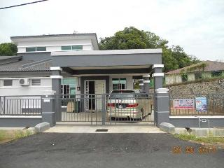 Norman Homestay (for Muslim), Kampung Bukit Katil