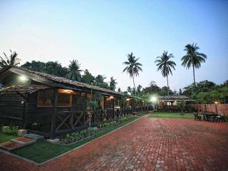 The Hut, Kampung Bukit Katil