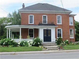 Prince Edward County 4 Bedroom House Bloomfield Dr House