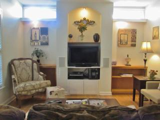 House Features WIFI, LED TVs, DVR Service, DVDs