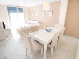 Apartamento Málaga muy luminoso y con WI FI, Malaga
