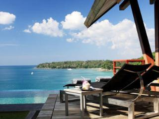 Cliff Face-Ocean breezes-4 Bedroom Luxury Villa DT