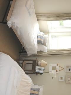 4th bedroom - Single with pullout bed as shown in photo