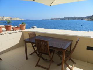2 Bedroom Apartment, Vittoriosa