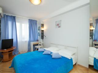 Two-room apartment at Taganskaya, Moscou