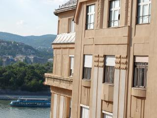 Danube river view 2 bedroom topfloor apartment +AC, Budapest