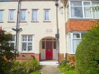 3 Deyne Crt 165 Connaught Ave, Frinton-On-Sea