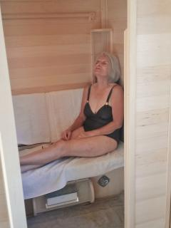 The SaunaRay medical grade sauna, particularly good for organ detox.