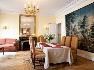 Latin Quarter luxury 2 bedroom 2 bathroom (4199), Paris
