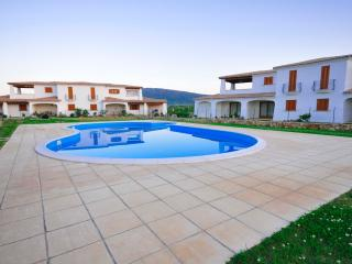 Apartment 4,Capannizza Complex,shared pool,A/C
