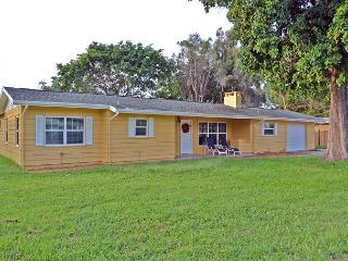 Renovated Sarasota Vacation Rental Home W/ Pool and Half Mile to Siesta Key