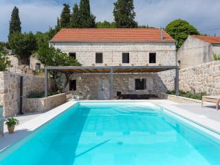 Hedera Estate, Villa Hedera VIII, Orasac