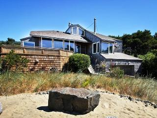 BEACH HOUSE ~ MCA# 883 ~ Incredible oceanviews with hot tub and game room