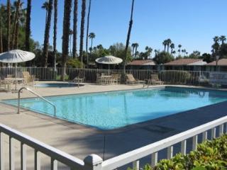 JAL8 - Rancho Las Palmas Country Club - 2 BDRM + DEN, 2 BA