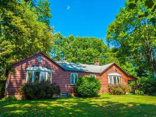 Private and serene location just 15 minutes from downtown Ohiopyle!, Farmington
