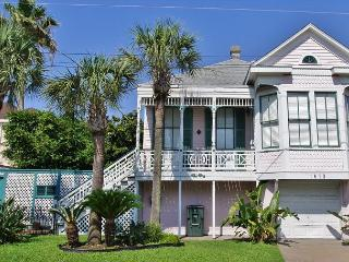 East end town with century old charm!, Galveston